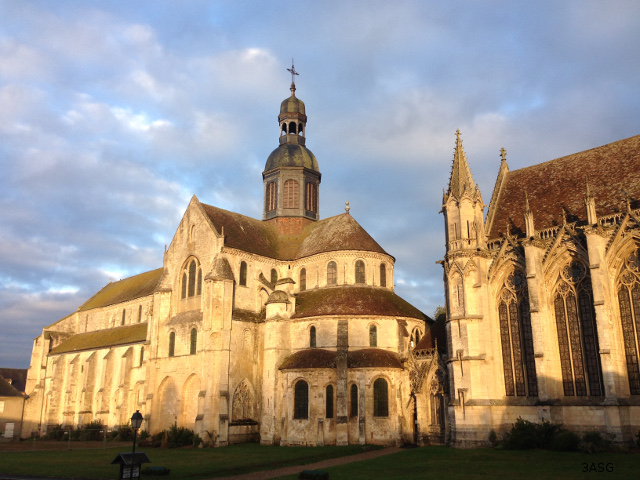 Photo exterieur - Abbaye de Saint-Germer de Fly
